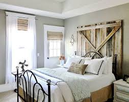 Farmhouse Style Bedroom Photo