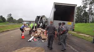100 Ups Truck Accident Video Fatal I20 Truck Accident Meridianstarcom