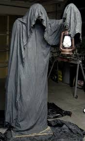 Homemade Animatronic Halloween Props by 10 Terrifying Diy Props For Your Haunted House Grim Reaper