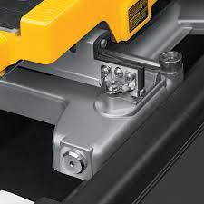 Dewalt Tile Cutter D24000 by Dewalt D24000 10 In Wet Tile Saw