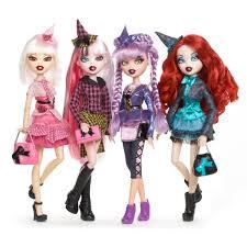 Bratzillaz Fashion Packs Smyths Toys Dolls Dolls Bratz Doll