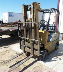 100 Yale Lift Trucks 1978 Forklift Item AR9346 SOLD May 26 Construction