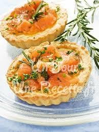 mini quiche pate feuilletee mini quiches au saumon recette facile un jour une recette