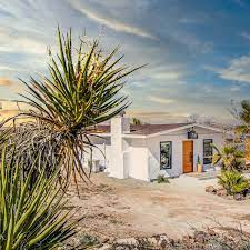 104 Mojave Desert Homes 4395 Palm Ave Yucca Valley Apartment Therapy