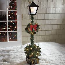 Outdoor Christmas Decorations Ideas Pinterest by Cordless 5 U0027 Lamp Post Topiary Outdoor Christmas Decor