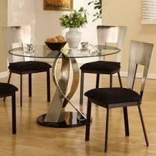 Round Kitchen Table Decorating Ideas by Best 25 Small Round Kitchen Table Ideas On Pinterest Small
