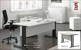 bureau blanc et bureau classique bois et pied métal meubles bureaux en livraison rapide