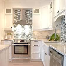 quartz cuisine cuisine classique blanche cuisine classique avec comptoir de