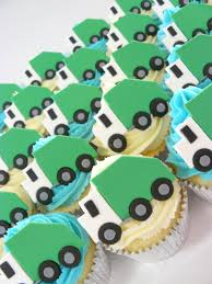 Rubbish Lorry Cakes | CUPCAKE CRUSH | Pinterest | Cake, Garbage ... Garbage Trucks And Street Sweepers Birthday Truck Rileys 4th Cake Kids Pinterest Homemade Ideas Liviroom Decors Monster Party Supplies Targettrash Suppliesgame Dump Truck Theme Party 14 2012 In Dump Favor Bags Birthday Signgarbage Custom Made By Cstruction Favorsdump Craycstruction Boy Mama Teacher A Trtashy Celebration A Seaworld Mommy Trash Photo 1 Of 17 Catch My The Mamminas