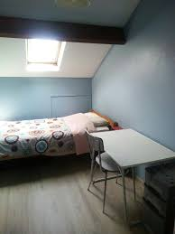 louer une chambre a chambre à louer à namur dans un appartement duplex pour court
