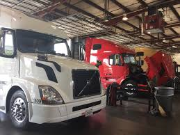 Volvo, Mack Highlight Certified Uptime Center Progress - Maintenance ... Melissa Ries Finance Manager Rush Truck Center Orlando Linkedin 2018 Mud Trucks Tug Of War Florida Youtube Dustin Mceachern Used Sales Best Image Kusaboshicom Ford Dealers Centers 14490 Slover Ave Fontana Ca 92337 Ypcom 2007 Peterbilt 379 For Sale In Fl By Dealer Mobile Service Insight From Wning Truck Technicians What Brought Them To The Food Industry Taking Shape In Rural Elko Kunr Talking Shop How Overcome Tech Shortage Fleet Owner