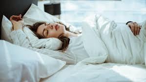 schlafzimmer einrichten schlafforscher gibt tipps focus