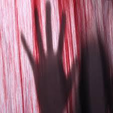 duschvorhang 3d gedruckt blutige handabdruck