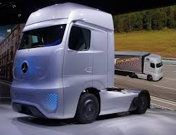 File:Mercedes-Benz Future Truck 2025 At IAA 2014 (3).JPG - Wikimedia ...