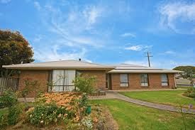 100 Houses In Heywood 43 Markham Street VIC 3304 House For Rent 30000 Domain