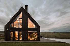 100 Hola Design HOLA Has Completed A Gabled Lakeside Cottage In