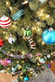 Christmas Tree Decorating Ideas With Non Traditional Colors