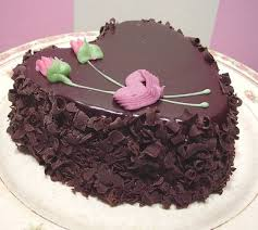 Chocolate valetines day cake with pink roses JPG