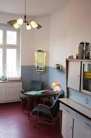 gemütliche und stilvolle küche in berliner apartment in