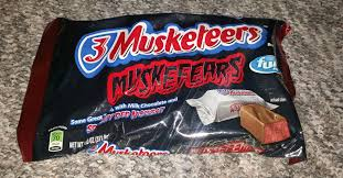 Poisoned Halloween Candy 2014 by It U0027s Not Too Early For Halloween Candy Is It 3 Musketeers