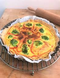 cuisiner une quiche recette de quiche brocolis poivrons un mélange surprenant la