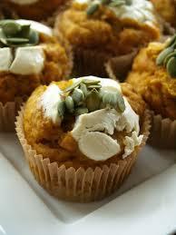 Starbucks Pumpkin Muffin Calories by Better Than Starbucks U0027 Pumpkin Cream Cheese Muffins U2013 The