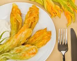 cuisiner fleur de courgette recette beignets de fleurs de courgettes