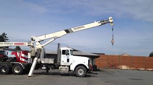 100 National Boom Truck 500C Crane On A 1997 Freightliner FLD120 For