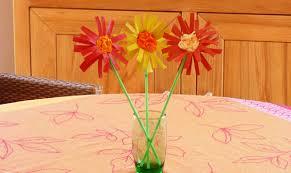 bricolage fleurs en rouleau de papier toilette