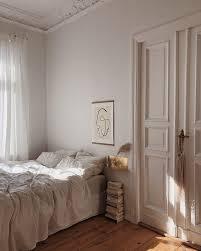 in a bed altbau schlafzimmer wohnung