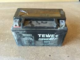 100 Used Truck Batteries Recondition A Lead Acid Battery Dont Buy A New One The DIY Life
