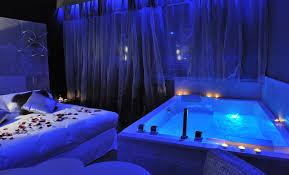 hotel spa dans la chambre le gourguillon suite avec et wellness dans la chambre