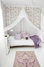 tapisserie chambre fille ado 120 idées pour la chambre d ado unique papier peint shabby chic