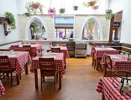 101 Simpatico Homes Vancouver Restaurants With The Longest Tradition 5 Vancouver