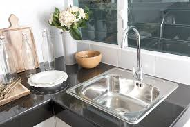 Pull Down Kitchen Faucets Pros And Cons by Pull Out Vs Pull Down