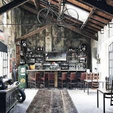 Amazing Vintage Garage Bar