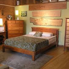 Wood Platform Bed Frame Queen by Simple And Stylish Queen Size Platform Bed Home Decorations Ideas