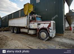 A Peterbilt Twin Axle Truck Used To Haul Chafe, Under A Chute At ... Media Rources Usa Truck Free Driver Schools Waste Management Garbage Trucks Youtube Usa Stock Photos Images Alamy Navistar Canada Abbeywood Moving Storage Inc Celadon Makes Equipment Investments In Newly Acquired Flatbed Safety Plus Tank Cleaning Van Buren Best 2018 Driving Big Rewards With