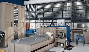 chambre enfants complete chambres complètes pour enfant meubles colorés et ludiques