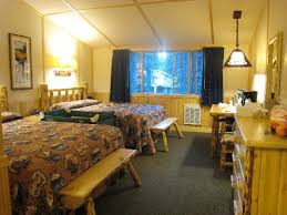 The western cabin room with 2Q Picture of Lake Lodge Cabins