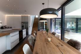 esszimmer mit langer tafel wohnen holztisch esszimmer