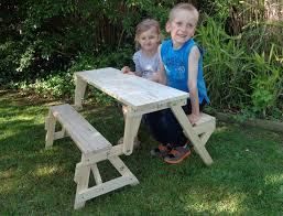 kids folding picnic table diy woodworking plan from buildeazy on
