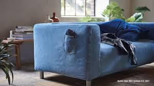 ikea zieht den sofas jeanshosen an