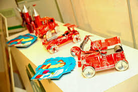 Creative School Exhibition Toys Made Out Of Waste Materials Craft Work For Students Pinterest