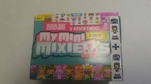 My Mini Mixie Qs 16 Figures Villa Playset With Mystery Figures