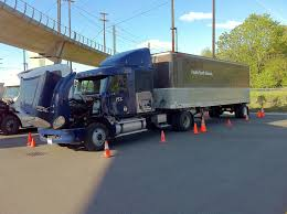 Class A CDL | Seattle | Truck Driving School | Pacific Truck School