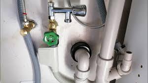 waschmaschine und geschirrspüler in der küche anschliessen