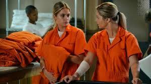 Pll Halloween Special Season 1 by Pretty Little Liars 12 Reasons Hanna Makes Sense As U0027a U0027