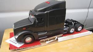 1/24 Scale Peterbilt 579 Model By NEW RAY Toys Truck New Ray Peterbilt 387 132 3 Assorti 47213731 Trucks Bevro Intertional Webshop Diecast Stock Pile Upc Barcode Upcitemdbcom Kenworth W900 Double Dump Black 11943 Scale Dc By Nry10863 Toys Newray 143 Man F2000 Transporter Redlily This Tractor Toy Newray Is Perfect Ktm Factory Racing Team Red Bull By Model 379 Semi Dirt Long Hauler Trailer Buy Plastic Remote Control With