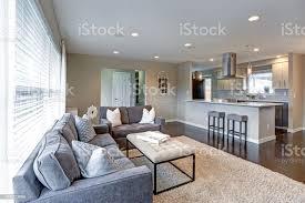 offenes wohnzimmer mit viel licht stockfoto und mehr bilder architektur